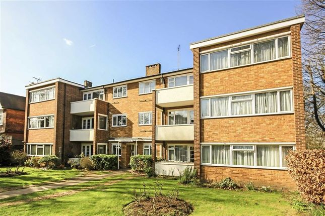 Thumbnail Flat to rent in Home Court, Maple Road, Surbiton