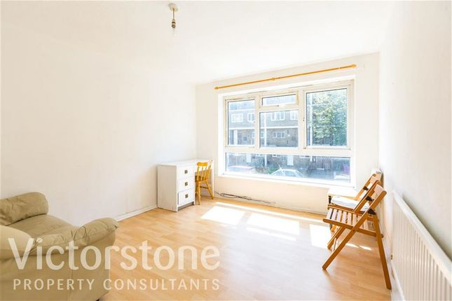 Thumbnail Flat to rent in Brierly Gardens, Bethnal Green, London