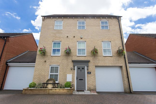 Thumbnail Detached house for sale in Walson Way, Stansted