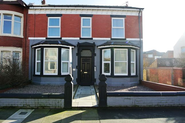Thumbnail Flat for sale in Empress Drive, Blackpool