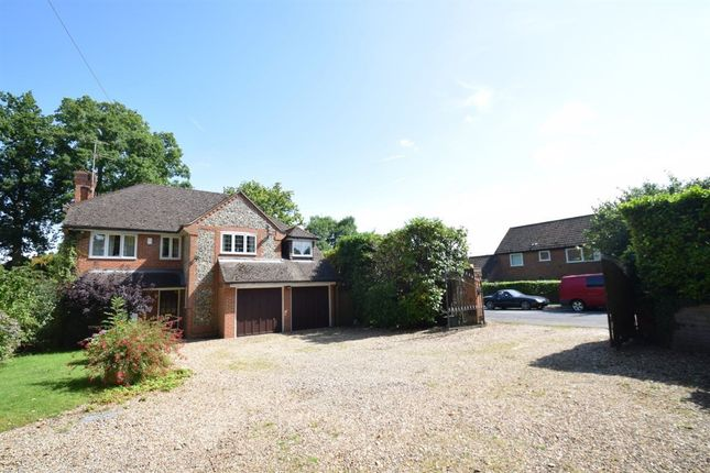 Thumbnail Detached house to rent in St Johns Road, Penn, High Wycombe
