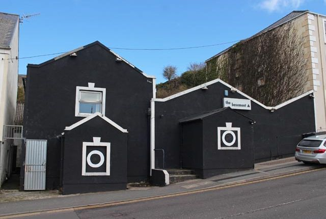 Thumbnail Pub/bar for sale in Milford Haven, Pembrokeshire