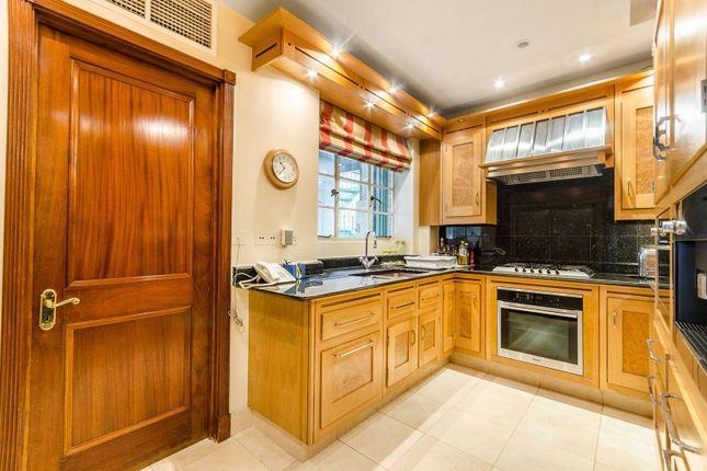Thumbnail Flat to rent in Princes Gate, Knightsbridge, London