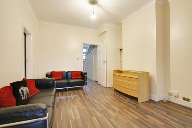 Thumbnail Semi-detached house to rent in Blake Road, Bounds Green