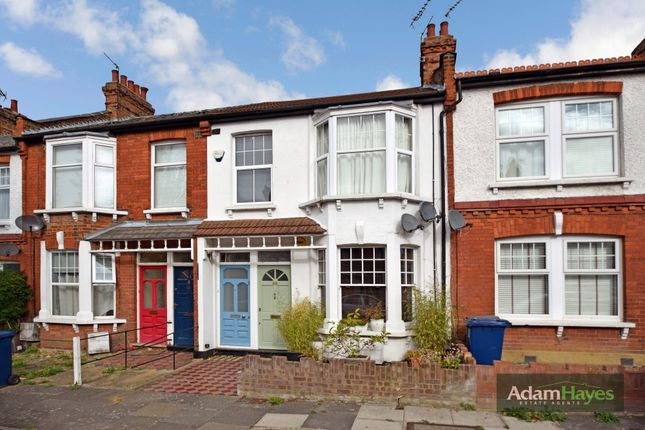 Thumbnail Maisonette for sale in Grange Avenue, North Finchley