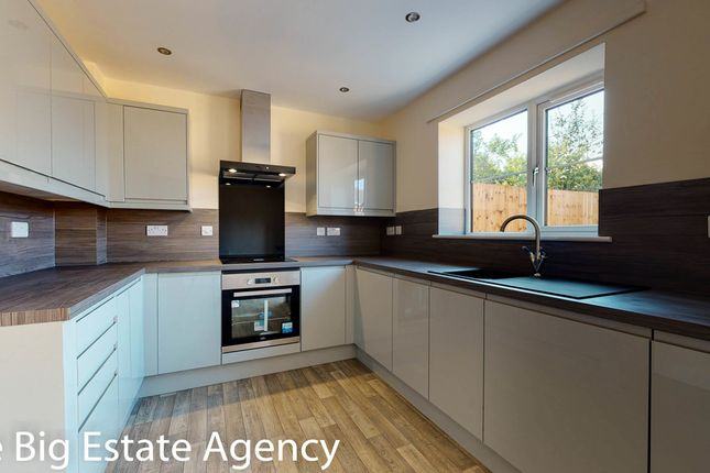 Thumbnail Detached house for sale in Welsh Road, Garden City, Deeside