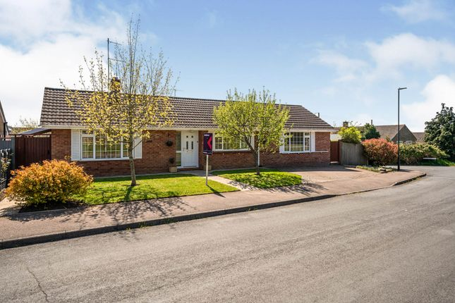Thumbnail Bungalow for sale in Paxhill Lane, Twyning, Tewkesbury