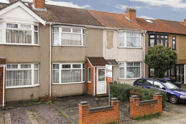 Thumbnail Terraced house for sale in Aylands Road, Enfield