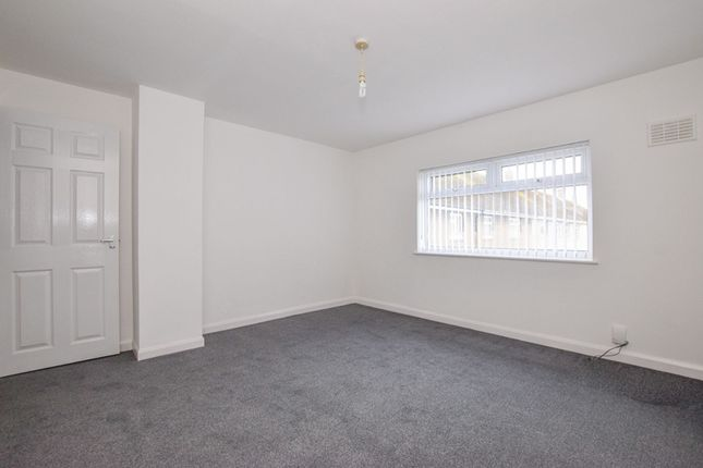 Bedroom One of Burns Close, Great Sutton CH66