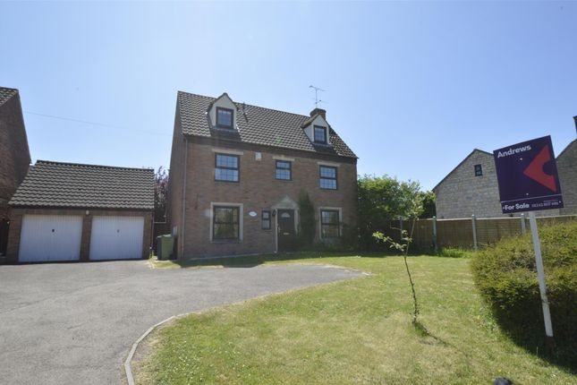 Thumbnail Detached house for sale in Stoke Road, Bishops Cleeve