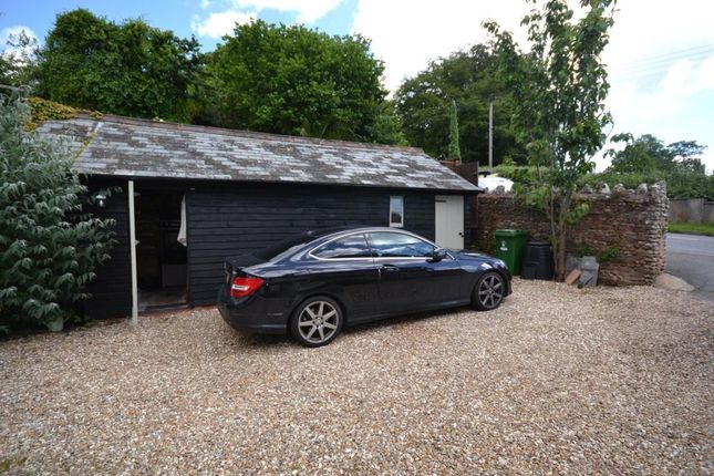 Parking of Oak Hill Cottages, Oak Hill, East Budleigh, Budleigh Salterton EX9