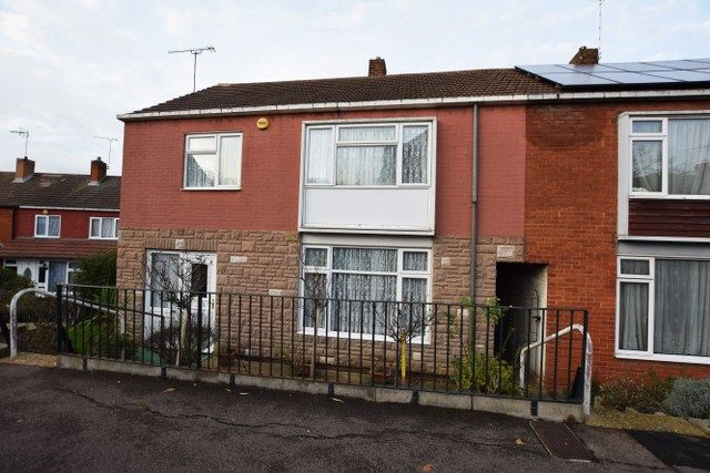 Thumbnail End terrace house for sale in Takely Ride, Basildon