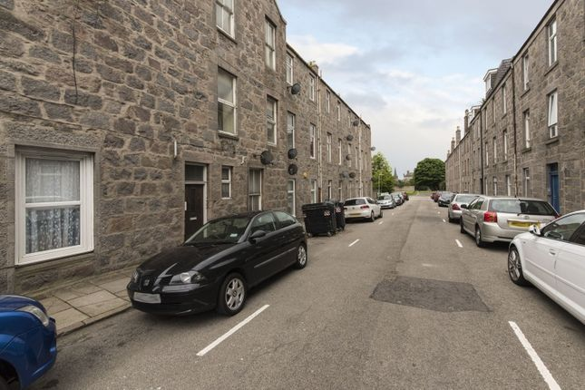 Thumbnail Flat for sale in Hill Street, Rosemount, Aberdeen, Aberdeenshire