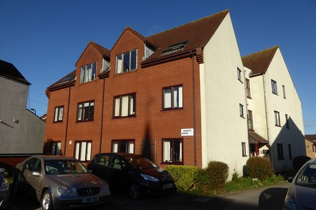 Thumbnail Flat to rent in Crofton Court, Yeovil