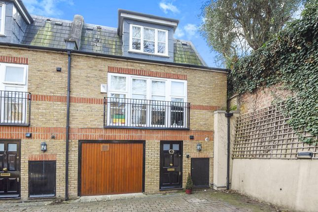 Thumbnail Town house for sale in Merton Road, London