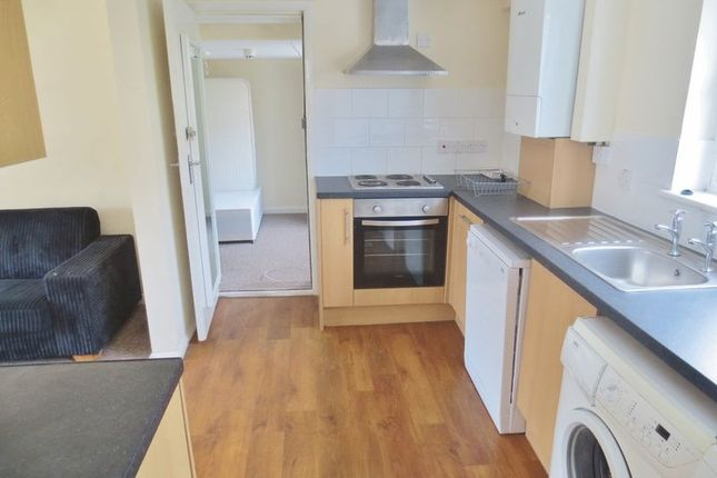 Thumbnail Semi-detached house to rent in Bamford Close, Brighton