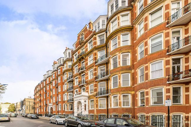 Thumbnail Flat for sale in Marloes Road, Kensington