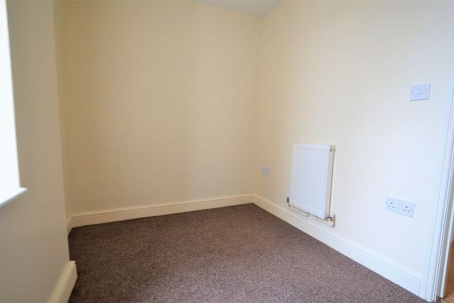 Photo 5 of 3 Bedroom Flat, Oxford Grove, Ilfracombe EX34