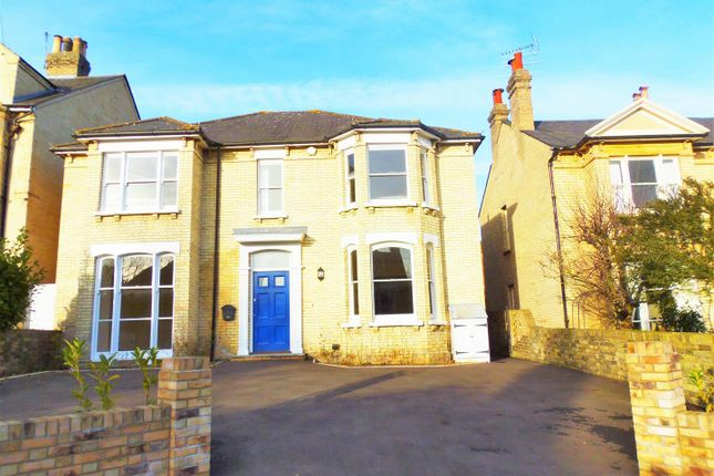 Thumbnail Property to rent in Creffield Road, Colchester