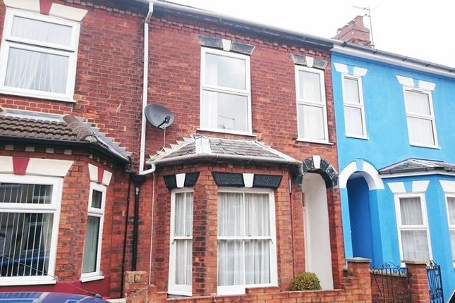 Thumbnail Terraced house to rent in Avenue Road, Gorleston, Great Yarmouth