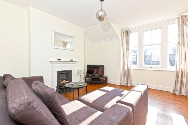 Flat to rent in Milton Road, London