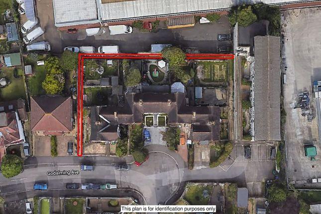 Godalming Avenue, Croydon CR0