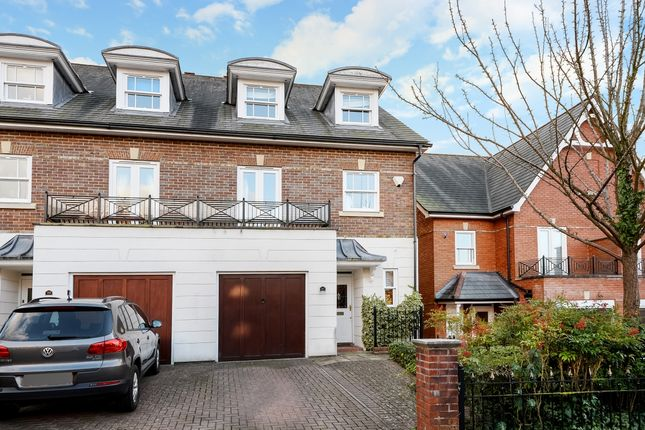 Thumbnail Semi-detached house to rent in Lancaster Avenue, Guildford
