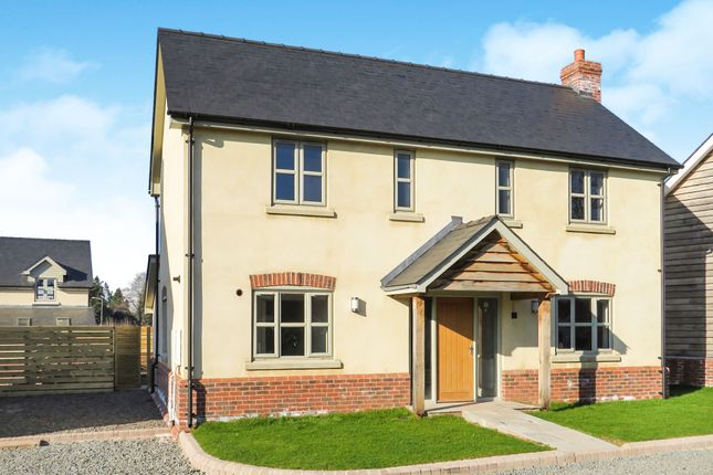 Thumbnail Detached house for sale in Coldwells Road, Holmer, Hereford