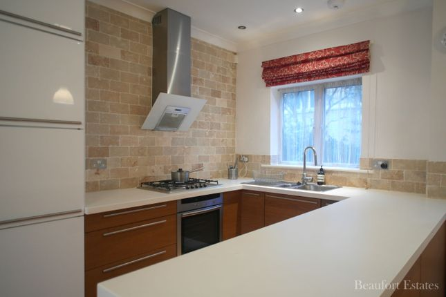 Thumbnail Town house to rent in Maiden Place, Dartmouth Park