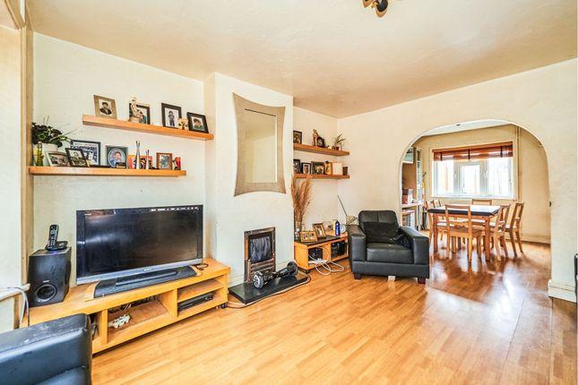 Living Room of Cullington Close, Harrow HA3