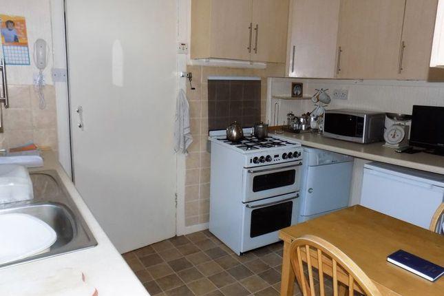 Kitchen of Dorrator Road, Camelon, Falkirk FK1
