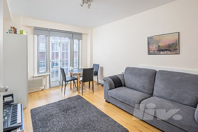 2 bed flat to rent in Apsley House, Finchley Road, St John's Wood