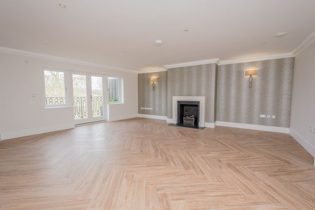 Flat to rent in Brunel Crescent, Box, Corsham