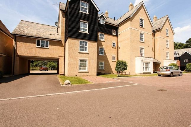 Thumbnail Flat for sale in Mill Park Gardens, Mildenhall, Bury St. Edmunds