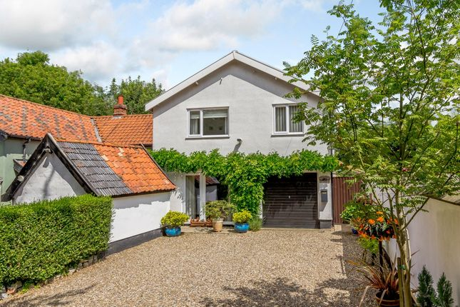 Thumbnail Terraced house for sale in The Turnpike, Norwich, Norfolk