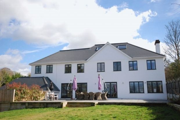 Thumbnail Detached house for sale in Stonehouse Road, Halstead, Sevenoaks