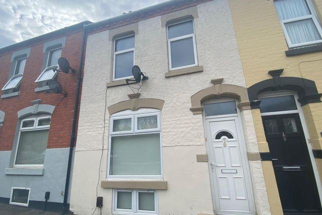 4 bed property to rent in Essex Terrace, Essex Street, Northampton NN2