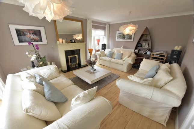 Thumbnail Detached house for sale in Kyle Crescent, Dunfermline
