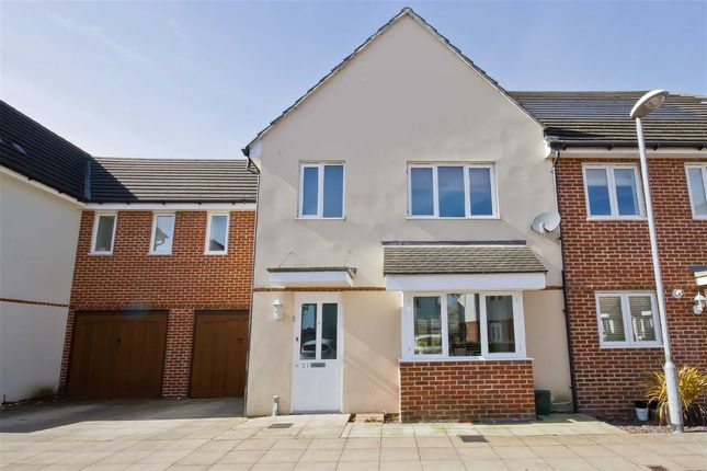 Thumbnail Property to rent in Chandlers Close, West Molesey