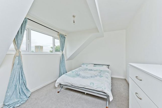 Photo 10 of Ruskin Way, Colliers Wood, London SW19