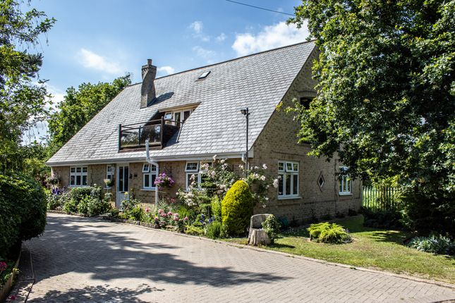 Thumbnail Detached house for sale in Beccles Road, Barnby, Beccles