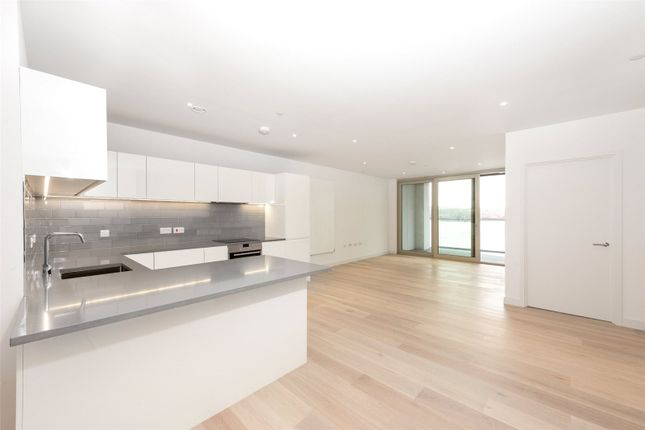 Thumbnail Flat to rent in Liner House, 3 Royal Wharf Walk, Royal Docks, London