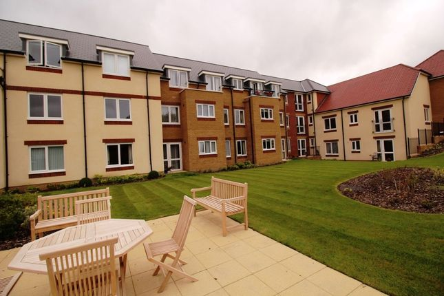Thumbnail Flat for sale in Simmonds Lodge Havant Road, Drayton, Portsmouth