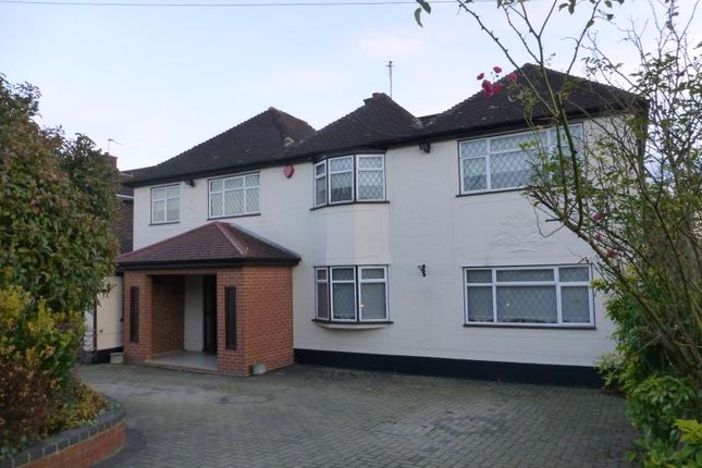 Thumbnail Property to rent in Albury Drive, Pinner
