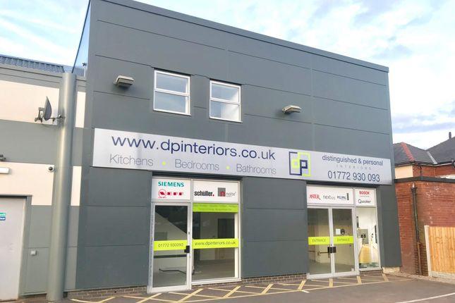Retail premises to let in Unit 3, 535-537 Blackpool Road, Ashton
