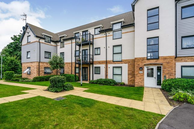 Thumbnail Flat for sale in Sovereign Place, Hatfield