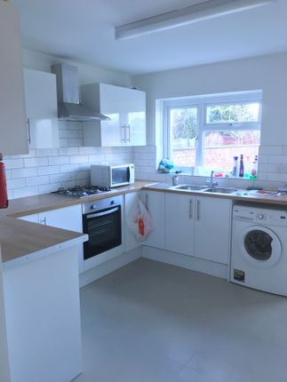Thumbnail Semi-detached house to rent in Dene Road, Headington, Oxford