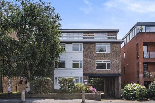Flat for sale in Worple Road, Wimbledon
