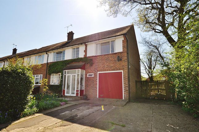 5 bed semi-detached house for sale in Downes Road, Sandridge, St.Albans