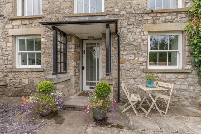 Thumbnail Flat for sale in Kirkby Lonsdale, Carnforth